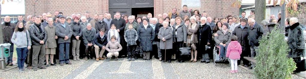 i fedeli della Chiesa ai Ronchi di Cigliano