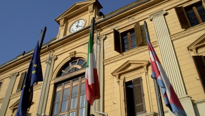 SANTHIÀ: Gli amministratori da Santhià a Ivrea: no ai tagli alla linea 56