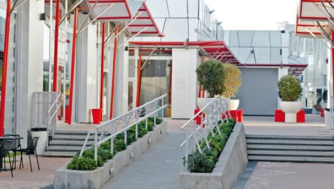 Santhia Outlet Arredamento.Santhia Welchome Santhia Chiude La Gazzetta
