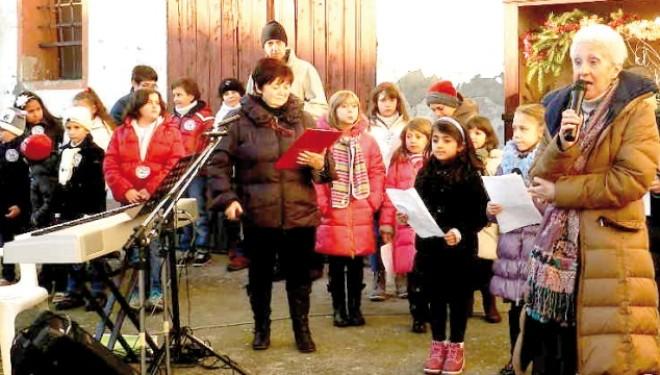 CRESCENTINO: Mercatino natalizio a San Genuario