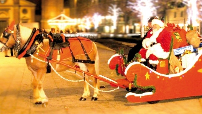 CRESCENTINO: Babbo Natale con la slitta in piazza Caretto
