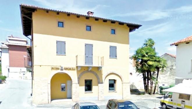 MONCRIVELLO: Deserta l'asta per l'immobile di piazza Municipio