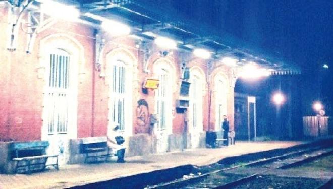 CRESCENTINO. Dal 15 dicembre sarà soppresso il treno delle 6.03 per Chivasso