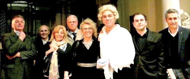 I membri dell'associazione Chesterton con Grassi e Soorentino