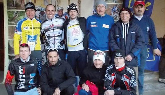 Ciclocross a borgo d ale dominano paiato valsesia e for Gili arredamenti
