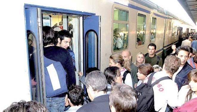 CRESCENTINO: «A giorni verrà ripristinato il treno delle 6 per Chivasso»