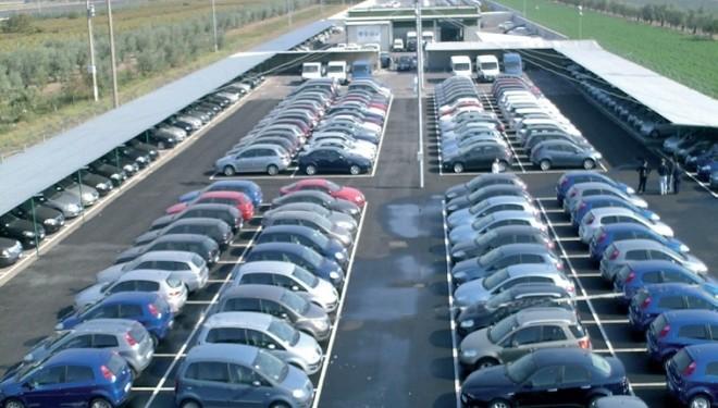 TORINO: Il mercato dell'auto si riprende