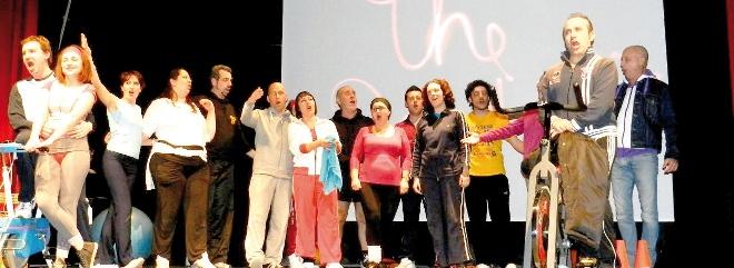 Una scena de L'elisir d'amore rappresentato sabato all'auditorium Viotti
