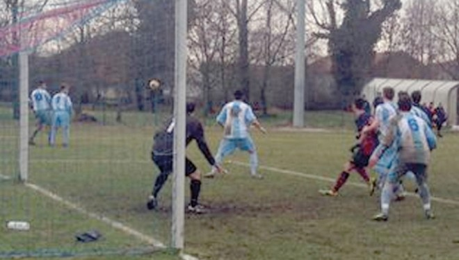 1a CATEGORIA: Un super Bianzè esplode nella ripresa rifilando cinque gol al Greggio
