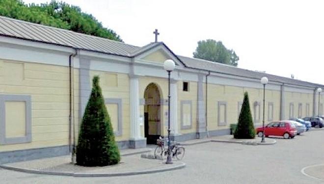 Il Comune affida a una cooperativa sociale il servizio di manutenzione del cimitero