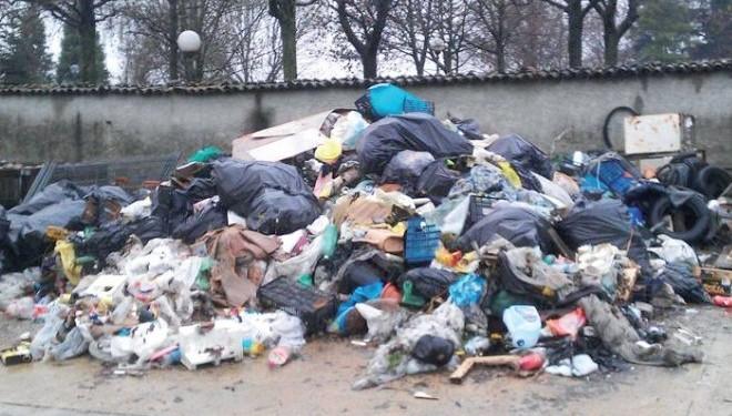 ALICE CASTELLO: Nei boschi una tonnellata di rifiuti
