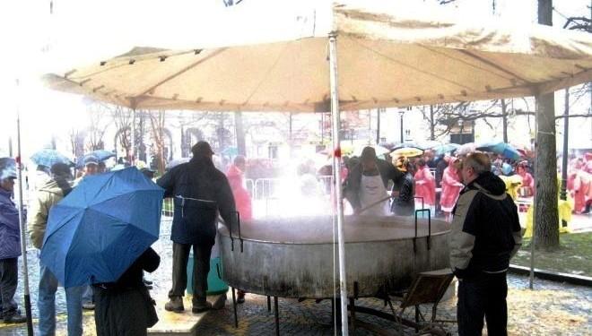 CIGLIANO: Carnevale con la grande fagiolata