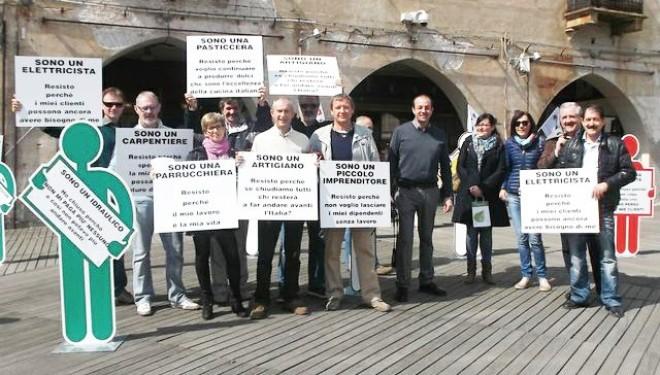 CNA Vercelli: Gli artigiani scendono in piazza: «Situazione ormai drammatica»