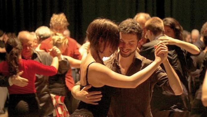 """Sabato 3 maggio – Moncrivello: """"Gran noche de milonga"""": al Castello si balla il tango"""