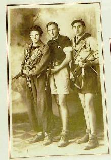 Leo e i compagni in una foto del '45