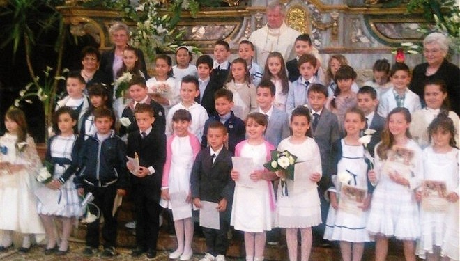 LIVORNO FERRARIS: Il sacramento della Prima Comunione a 34 bambini e bambine