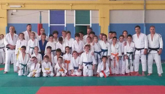 """Judo – Trino: Grande successo per il """"Judokando"""" organizzato dalla Marmar"""