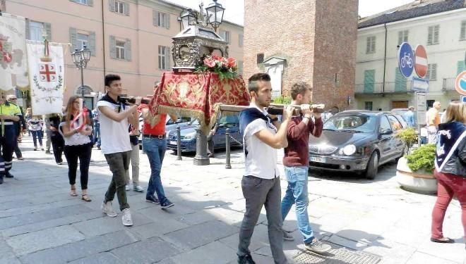 CRESCENTINO: La festa del patrono San Crescentino