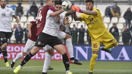 La dura legge del gol: una Pro Vercelli bella ma sciupona regala i tre punti al Trapani