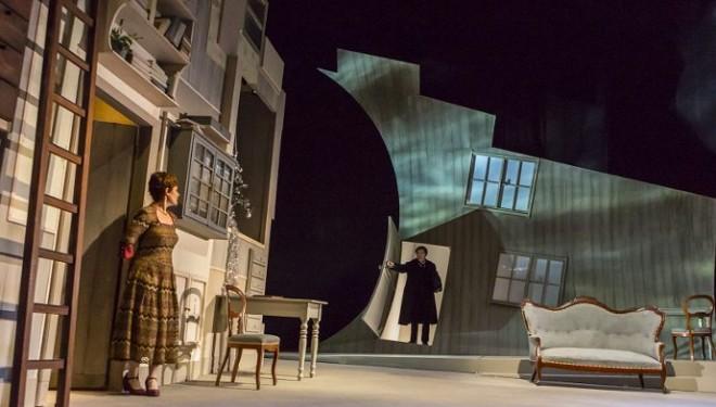 """Le donne al Museo Borgogna e """"Casa di bambola"""" al Teatro Civico"""