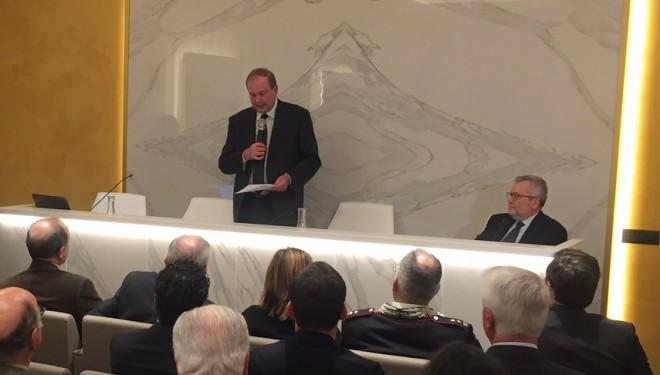 Inaugurata la nuova sala convegni della Fondazione Cassa di Risparmio di Vercelli